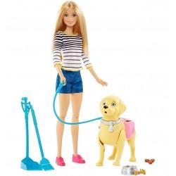 Барби Игровой набор «Прогулка с питомцем»